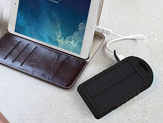 product_15291_product_shots2_image Universal Waterproof Solar Charger for $13 Android
