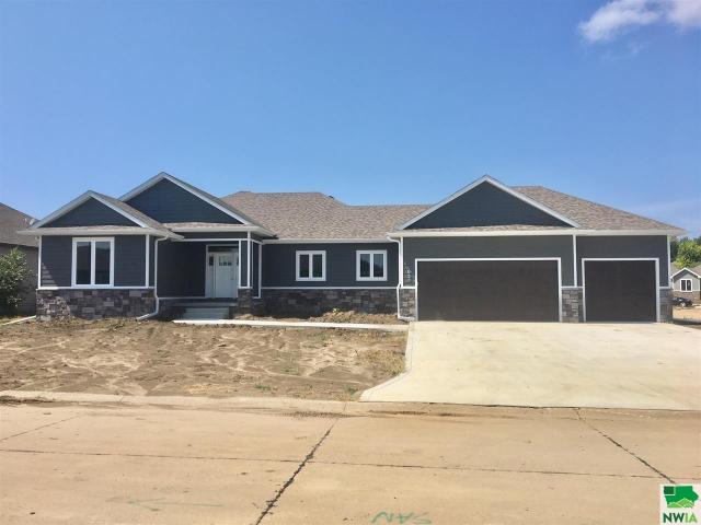 Property for sale at 633 Bluestem Tr, Dakota Dunes,  SD 57049