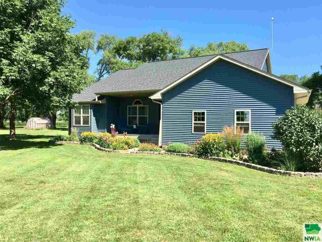 Property for sale at 47754 Center St, Elk Point,  SD 57025