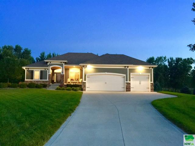 Property for sale at 842 Brookside Drive, Jefferson,  SD 57038