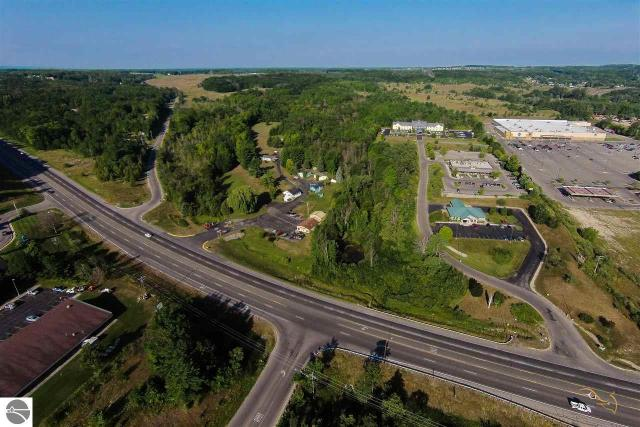 Property for sale at 2105 N US-31 S, Traverse City,  MI 49684