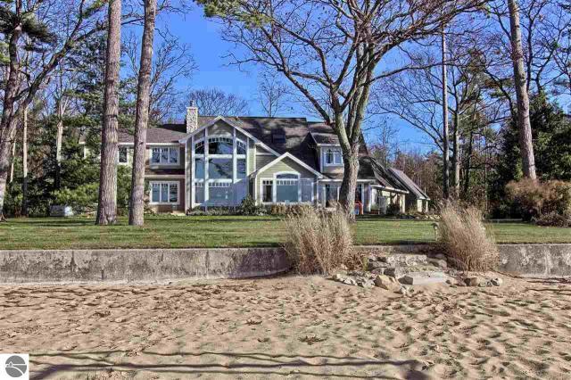 Property for sale at 2916 Neahtawanta Road, Traverse City,  MI 49686