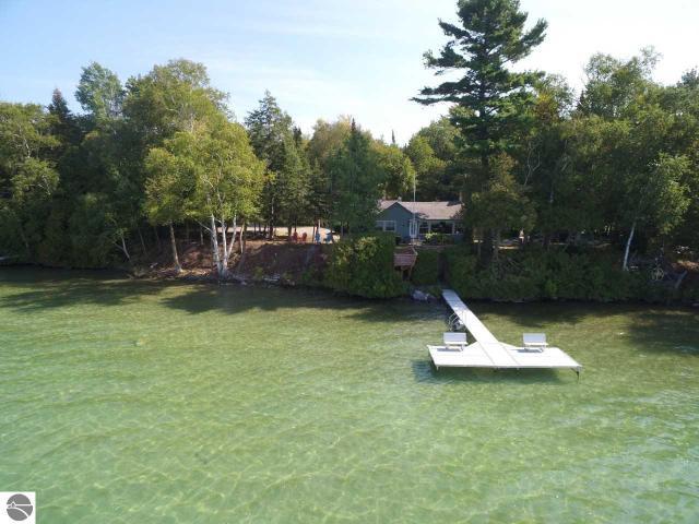 Property for sale at 3249 N Lake Leelanau Drive, Lake Leelanau,  MI 49653