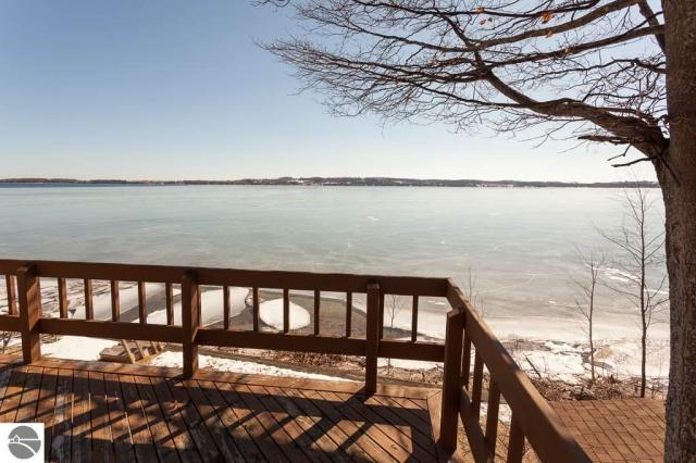 Property for sale at 486 N West Bay Shore, Suttons Bay,  MI 49682