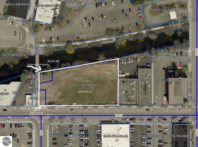 Property for sale at 124 & 290 W Front Street, Traverse City,  MI 49684