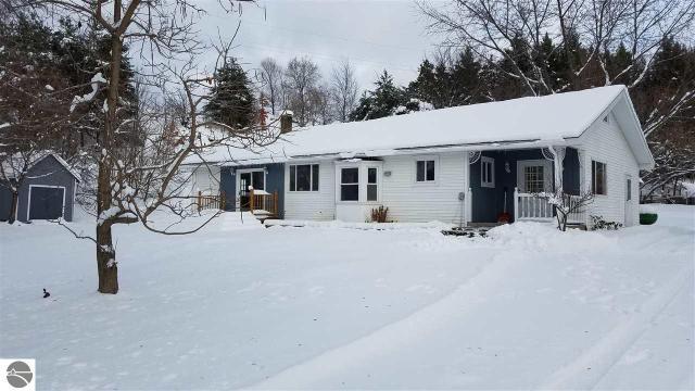 Property for sale at 6113 E Lincoln Road, Cedar,  MI 49621