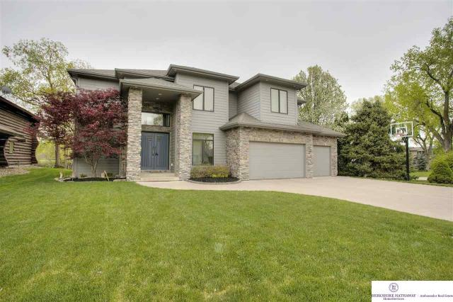 Property for sale at 33 Ginger Woods Circle, Valley,  Nebraska 68064
