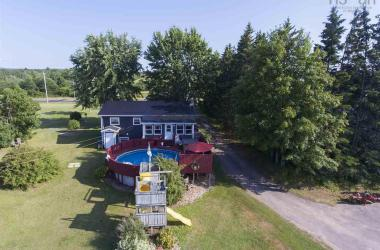 2969 Highway 1, Aylesford East, NS B0P 1C0, 3 Bedrooms Bedrooms, ,2 BathroomsBathrooms,Residential,For Sale,2969 Highway 1,201919453