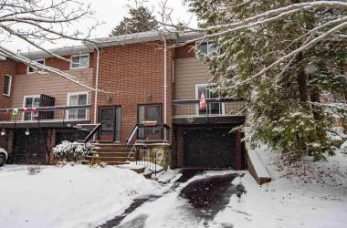 34 Stoneybrook Court, Halifax, NS B3M 3L1, 3 Bedrooms Bedrooms, ,2 BathroomsBathrooms,Residential,For Sale,34 Stoneybrook Court,201927784