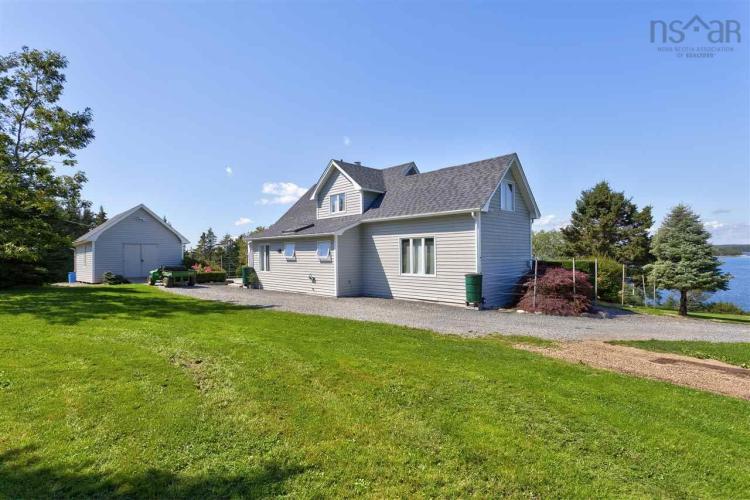 Kaulbach Island, Indian Point, NS B0J 2E0, 11 Bedrooms Bedrooms, ,9 BathroomsBathrooms,Residential,For Sale,Kaulbach Island,202005888