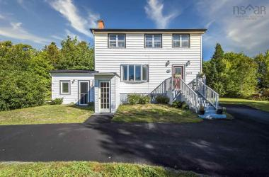 5647 St. Margaret's Bay Road, Head Of St. Margarets Bay, NS B3Z 2H8, 4 Bedrooms Bedrooms, ,3 BathroomsBathrooms,Residential,For Sale,5647 St. Margaret's Bay Road,202017566