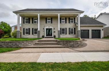 42 Chartwell Lane, Clayton Park, NS B3M 3W6, 5 Bedrooms Bedrooms, ,4 BathroomsBathrooms,Residential,For Sale,42 Chartwell Lane,202017951
