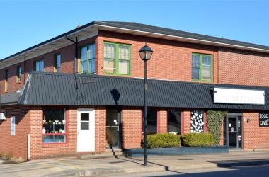 183 COMMERCIAL Street, Berwick, NS B0P 1E0, ,Commercial,For Sale,183 COMMERCIAL Street,202021078