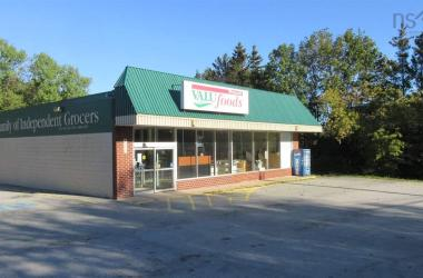 4479 Highway 1 Highway, Weymouth, NS B0W 3T0, ,Commercial,For Sale,4479 Highway 1 Highway,202022332