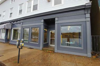 591 King Street, Bridgewater, NS B4V 1B3, ,Commercial,For Sale,591 King Street,202022923