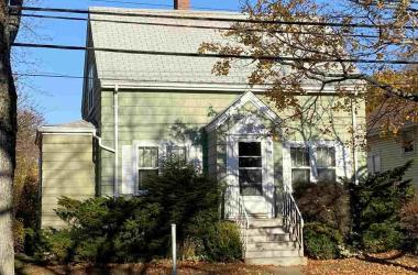 2755 Oxford Street, Halifax, NS B3L 2V2, 2 Bedrooms Bedrooms, ,1 BathroomBathrooms,Residential,For Sale,2755 Oxford Street,202023350