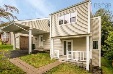 71 Bayview Road, Halifax, NS B3M 1N8, 4 Bedrooms Bedrooms, ,2 BathroomsBathrooms,Residential,For Sale,71 Bayview Road,202024953