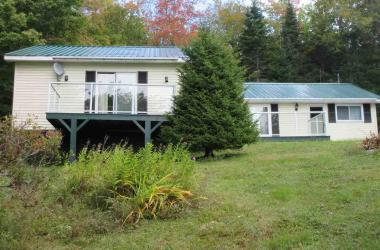 148 HILLCREST Drive, East Loon Lake Village, NS B0K 1C0, 3 Bedrooms Bedrooms, ,2 BathroomsBathrooms,Residential,For Sale,148 HILLCREST Drive,202100466