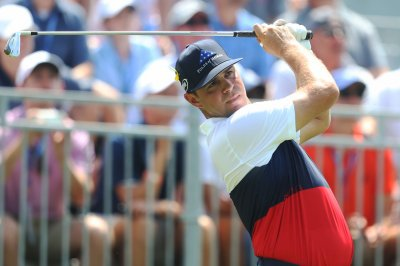 Watch: Gary Woodland earns one stroke lead after first round of PGA Championship PGA Championship Gary Woodland leads with 6 under par first round