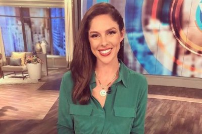 Watch Abby Huntsman Is Pregnant With Twins Upi