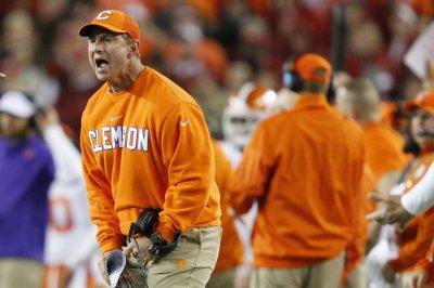 No. 3 Clemson wary of Syracuse, QB Eric Dungey No 3 Clemson wary of Syracuse QB Eric Dungey
