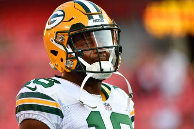 Packers' Randall Cobb: Jimmy Graham same player he was in New Orleans Packers Cobb Graham is same player he was in New Orleans