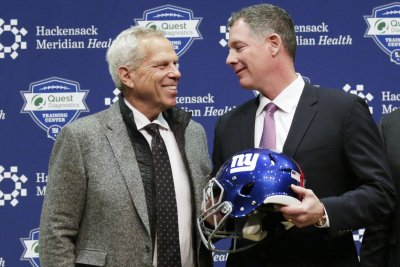 New York Giants co-owner Steve Tisch tells Donald Trump to back off New York Giants co owner Steve Tisch tells Donald Trump to back off