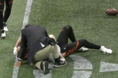 Watch: Bengals TE Tyler Eifert suffers gruesome injury Bengals TE Tyler Eifert leaves game after gruesome injury