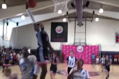 Watch: LeBron James Jr. attempts dunk, gets props from King Watch: LeBron James Jr. attempts dunk, gets props from King LeBron James lauds LeBron James Jr for dunk attempt