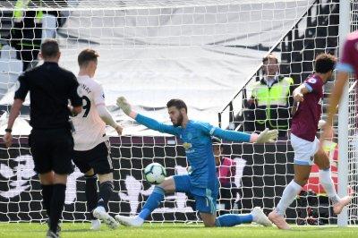 Watch: West Ham's Felipe Anderson scores blind back heel vs. Manchester United Premier League West Ham dominates Manchester United