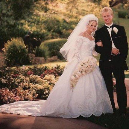 Candace Cameron Bure celebrates 20th wedding anniversary  UPIcom