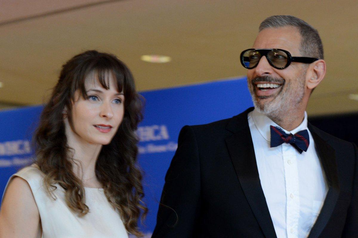 Jeff Goldblum Weds Fiancée Emilie Livingston