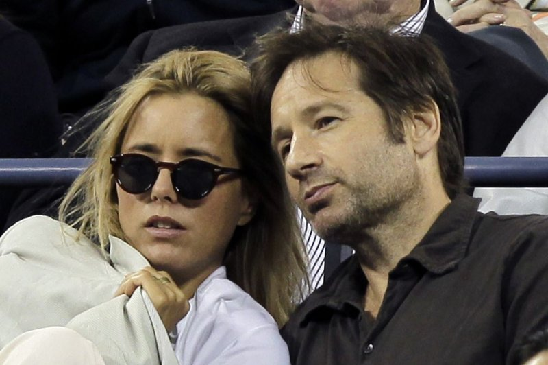 David Duchovny Tea Leoni officially divorce after 3year