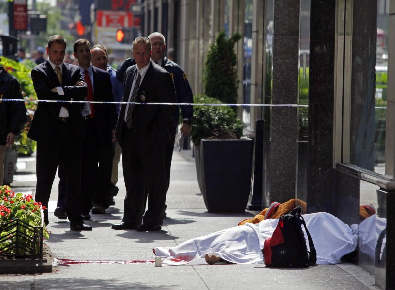 People shot outside Empire State Building  UPIcom