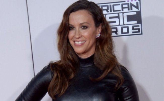 Jagged Little Pill Musical To Open On Broadway In