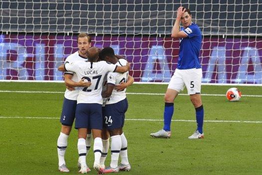 Tottenham Hotspur beats Everton on own goal - UPI.com