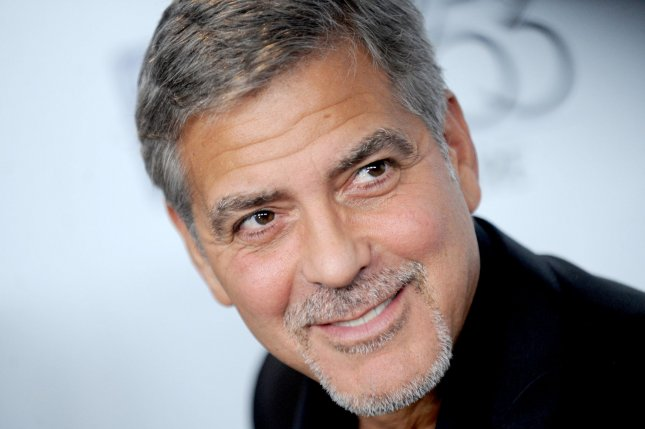 George Clooney and Julia Roberts star in Money Monster
