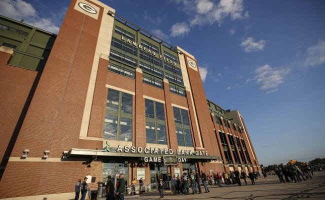 Packers Ban Fans At Lambeau Field For First Two Home Games