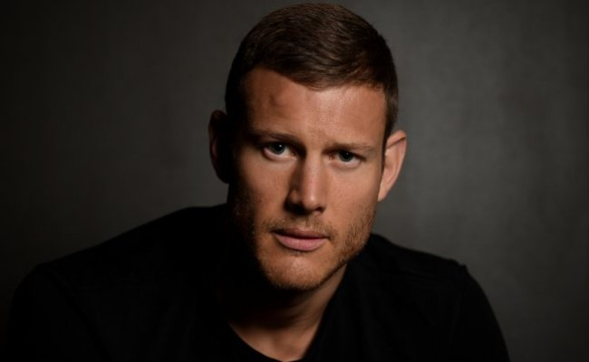 Look Tom Hopper Introduces Newborn Daughter Truly Rose