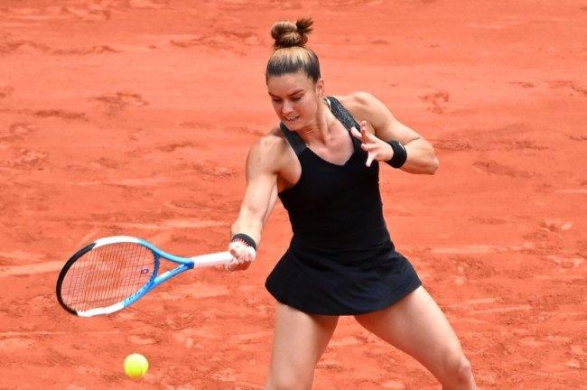 Maria Sakkari of Greece (pictured) will face Czech Barbora Krejcikova in the 2021 French Open sem-finals Thursday in Paris. Photo by Caroline Blumberg/EPA-EFE