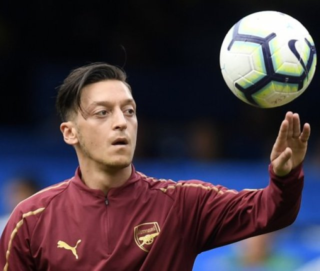 Mesut Ozil Scores Precise Strike Off Of Post For Arsenal