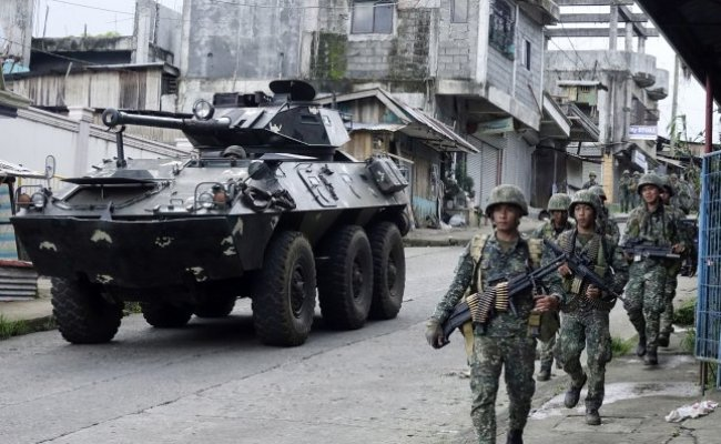 Philippine Authorities Mull Lifting Martial Law In