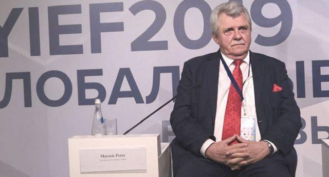 """Deputowany do Rady Narodowej Słowacji, lider partii """"Głos narodu"""" Peter Marček"""