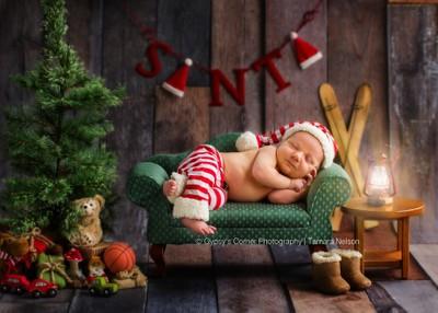 Santas Slumber by theoherbots