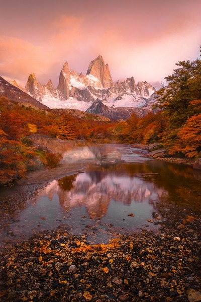 Mt. Fitz Roy at the crack of dawn. by theoherbots