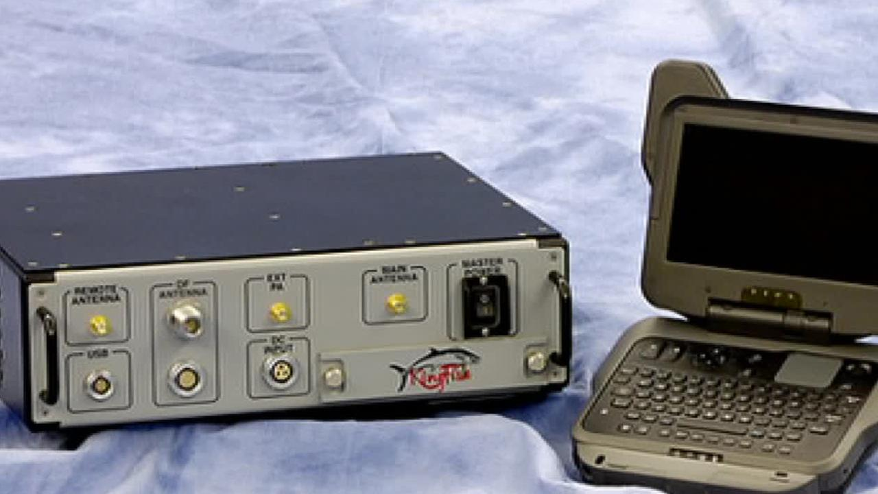 hight resolution of investigation law enforcement use secret stingray devices to track cell phone signals abc7 com