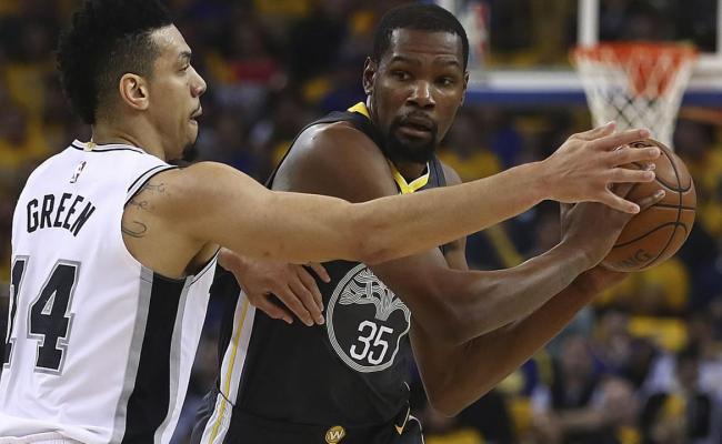 Golden State Warriors Vs San Antonio Spurs In Game 4 Of