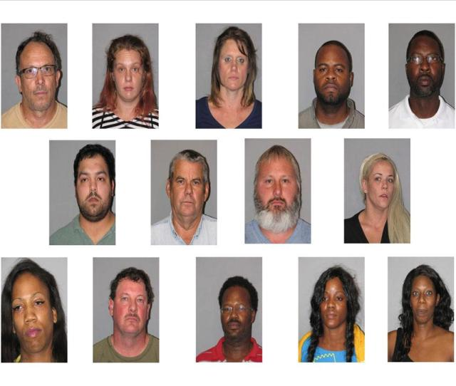 Harris County Undercover Online Prostitution Sting Operation Boo Nets 14 Arrests