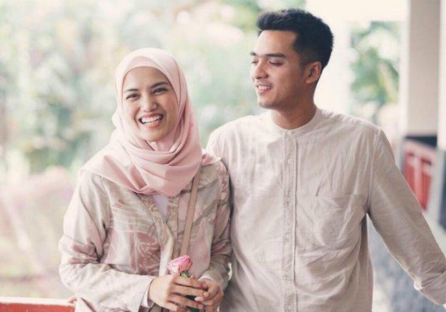 Image result for ricky harun dan istri hijab