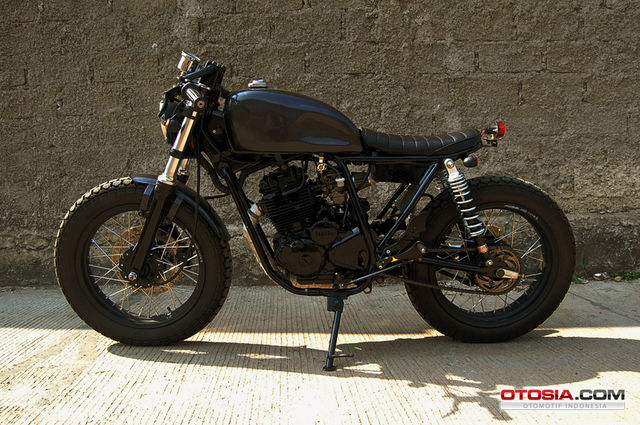 Garangnya Modifikasi Scorpio Bobber S Cafe Street Arts Custom